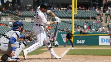 Castellanos doesn't like Comerica: 'Park's a joke'