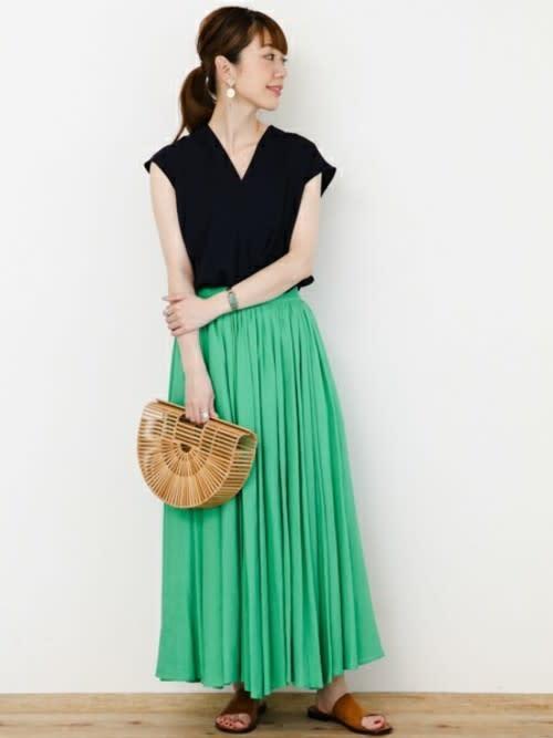 創造夏天的印象感!品味即刻出眾靠的就是棉麻色裙