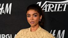 Sarah Hyland works out naked in front of a mirror to 'hate' herself and 'work harder'
