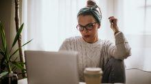 Adiós traje sastre, hola suéter: la ropa de trabajo de mujeres quizá nunca sea la misma
