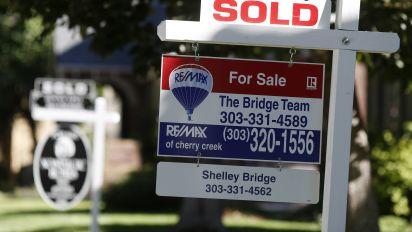 U.S. home sales rise 1.4%, snap 6-month losing streak