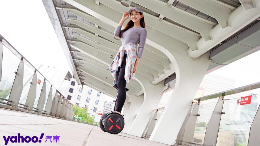 最從容帥氣的移動生活新指標!Segway Ninebot S PRO開箱實測! - 14