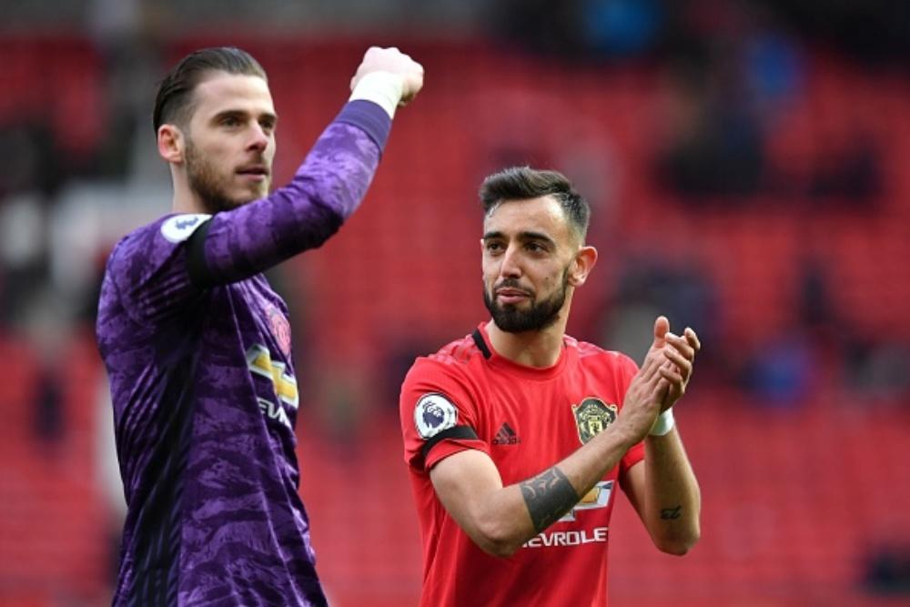 David De Gea Makes a Flying Save During Brighton vs Manchester United, EPL 2019-20, Bruno Fernandes Had a Stunning Reaction (Watch Video)