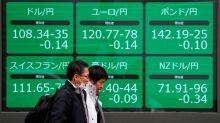 Dólar se debilita tras decepcionantes datos; yen avanza por búsqueda de seguridad