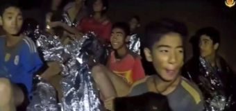 Supplies reach boys trapped in Thailand cave