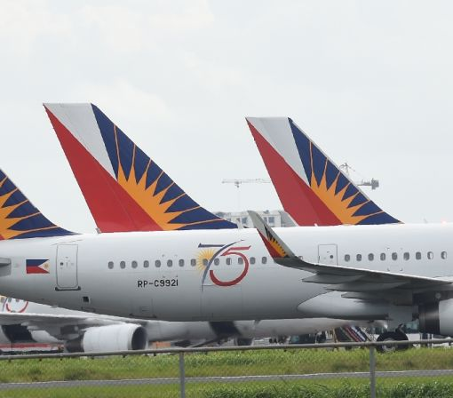 Two Philippine airliners abort flights due to problems