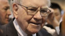 Why Warren Buffett Keeps Buying Bank Stocks
