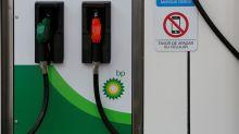 BP, Shell stocks rally while FTSE 100 slips