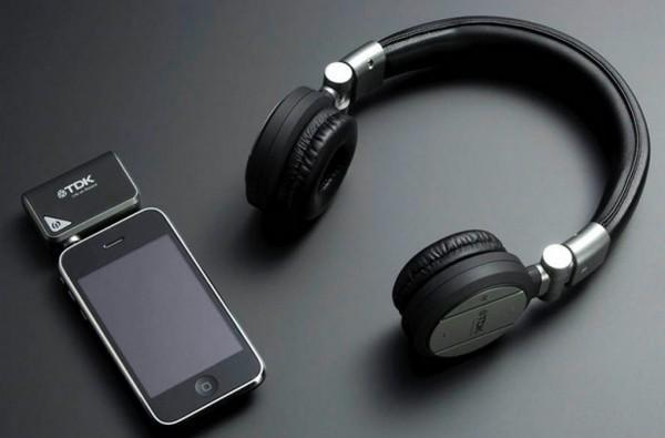 TDK's TH-WR700 cans do wireless over Kleer