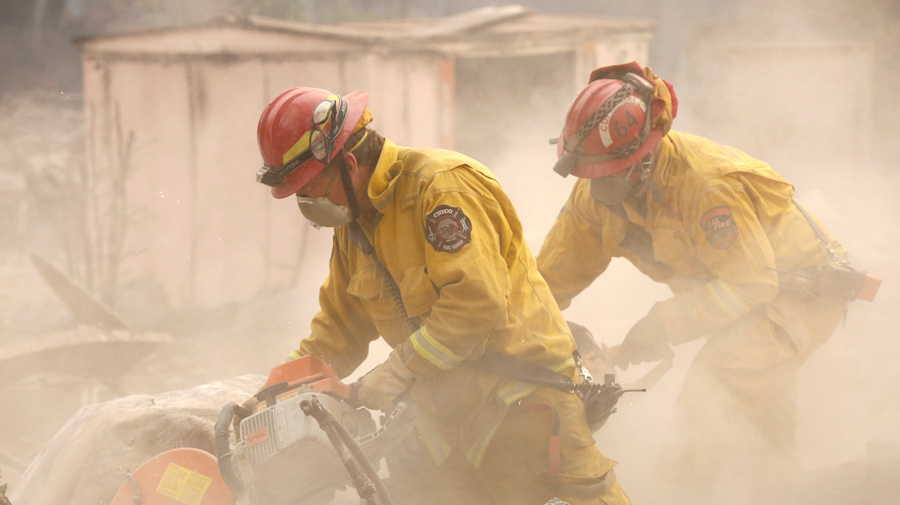 Death toll rises in California's worst wildfire