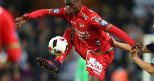 Foot - Transferts - Wolfsburg mise 9,5 M€ sur l'attaquant belge Landry Dimata