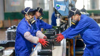 Stocks mixed as Chinese factories see coronavirus rebound