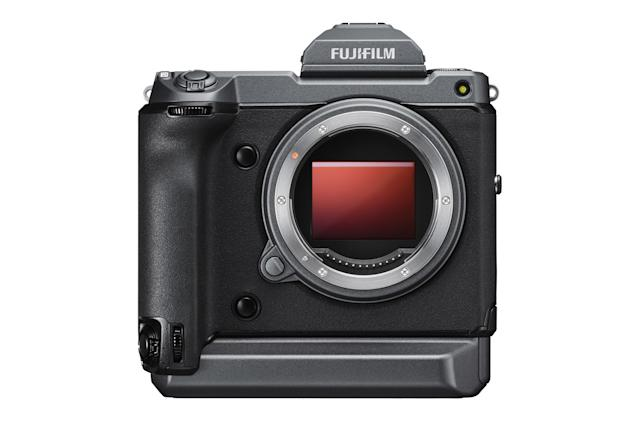Software update for Fujifilm's GFX100 turns it into a 400MP camera