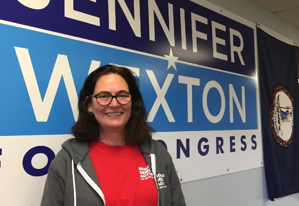Dawnee Giammittorio is campaigning for Virginia Democrat Jennifer Wexton on behalf of Moms Demand Action, a group clamoring for tougher gun control which she joined after her sister-in-law was shot dead (AFP Photo/Lucie AUBOURG)