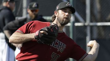 Bumgarner secretly competes in rodeo events