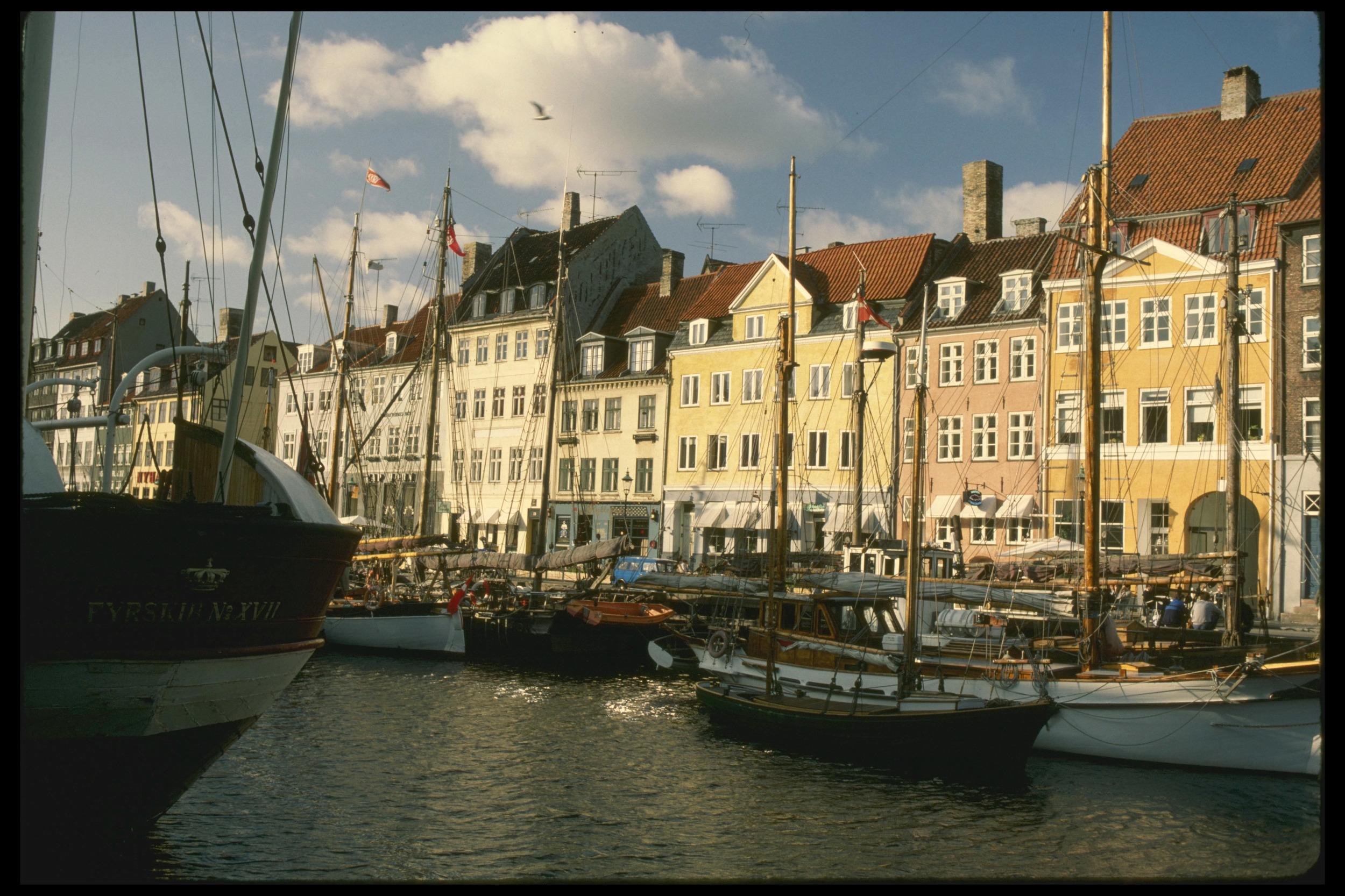 """<p>Denmark's system includes a basic state pension, means-tested state top-ups, a fully funded defined contribution scheme and mandatory occupational schemes.</p>  <p>The researchers said it was """"A first class and robust retirement income system"""". It scored 82.4 out of 100, with high marks across the board.</p>"""