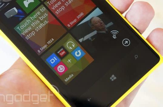 Microsoft hints that Windows Phone will soon let you put apps in folders