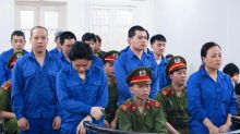 Vietnam sentences eight to death for heroin smuggling