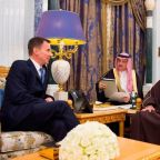 Jeremy Hunt in 'tough' call for end to Yemen war and justice over Jamal Khashoggi on Riyadh visit