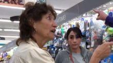 Mulher tem atitude racista em supermercado e é surpreendida