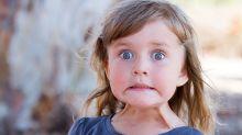 El personaje de terror que acompaña a los niños en Brasil a vacunarse
