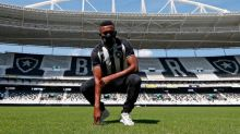 Na expectativa por Kalou, Botafogo busca reencontrar vitória no BR