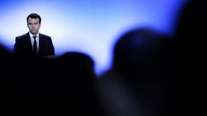 Comment Macron met son réseau de parlementaires En marche pour la présidentielle