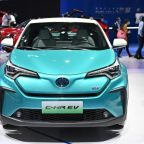 Hybrid leader Toyota turns on electrics