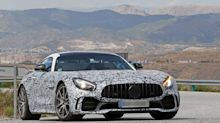 Mercedes-AMG GT spied preparing for a minor facelift