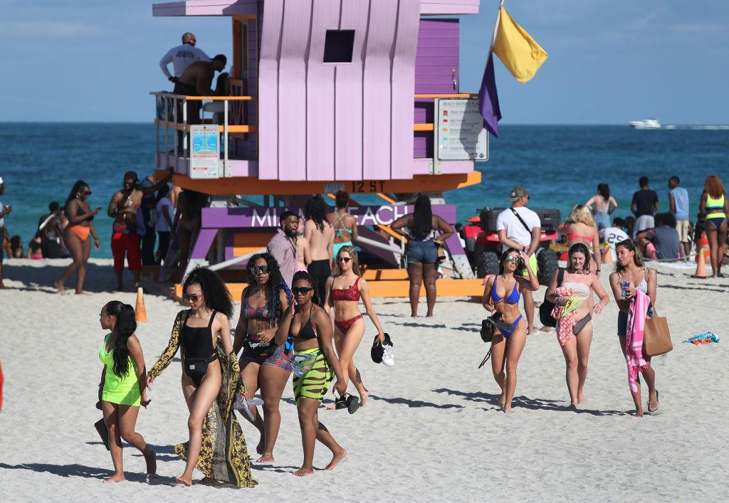 Spring breakers say coronavirus won't stop them from partying