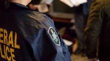 Australia, offre del tè al fermato: poliziotta picchiata a sangue