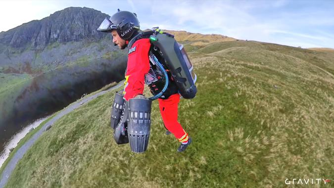 Gravity jet suit for paramedic recoveries