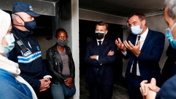 """""""Mon fils m'a demandé si le prénom Pierre existait"""": Emmanuel Macron interpellé sur la mixité lors de son déplacement à Montpellier"""