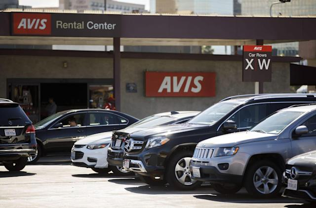 Get Amazon gift cards just for renting a car from Avis