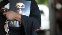 Aretha Franklin's family slams 'very, very distasteful' eulogy by pastor who referenced abortion and Black Lives Matter
