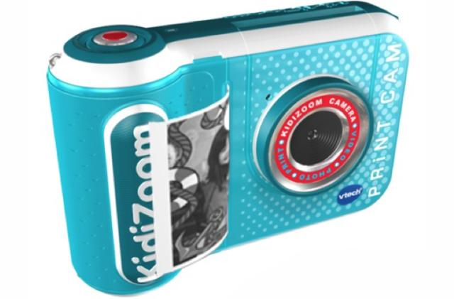 VTech's latest instant camera for kids prints photos for only a penny