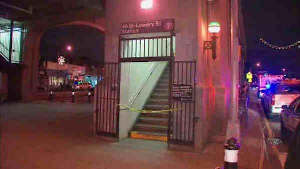 Search for suspect who allegedly pushed man on 7 train tracks