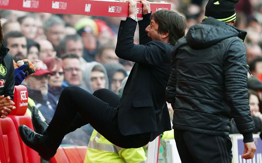 Antonio Conte celebrates Chelsea's late winner - Copyright (c) 2017 Rex Features. No use without permission.