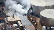 At least 10 hurt in blast at Wisconsin oil refinery: officials
