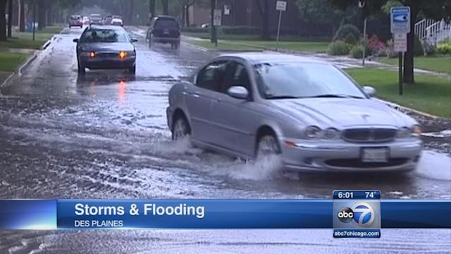 Storms flood streets in NW suburbs, impact O'Hare travel