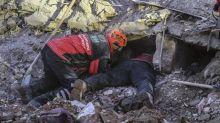 Turquía busca sobrevivientes, confirma 38 muertos en sismo