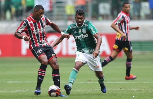 Técnico diz que Thiago Santos 'foi monstro' e brinca: 'Só pode escalar 11'