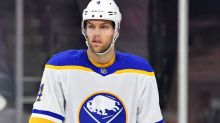 How Taylor Hall will benefit from not being focal point of Bruins' offense