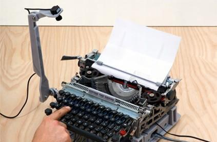 Video: Cacophonic typewriter doubles as piano