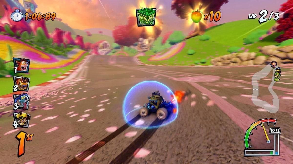 善用甩尾加速和加速墊板,就能不斷地爆衝唷!(圖片來源:遊戲實機截圖)