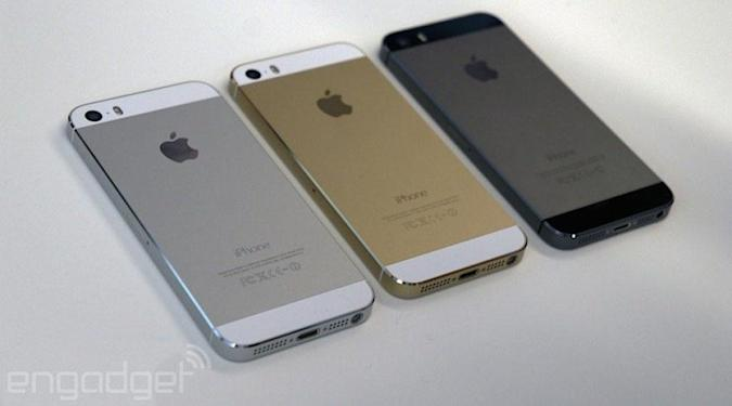 iPhone 5s and 5c get a £100 price drop