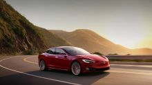 Why Tesla, Delphi Technologies, and II-VI Slumped Today