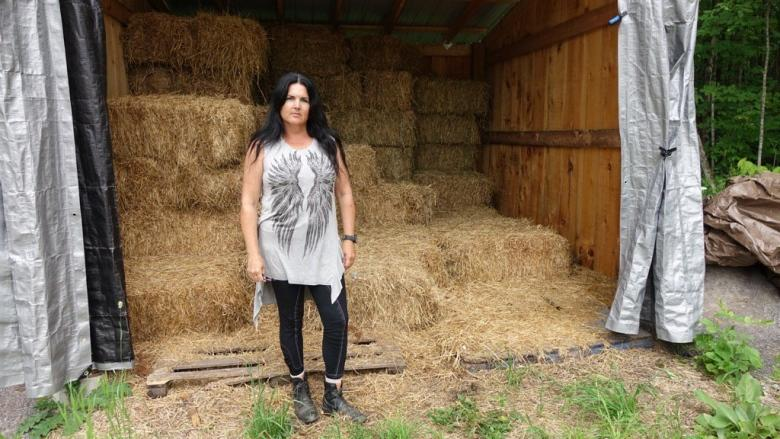 Rural residents on edge after hay theft, other suspicious ...