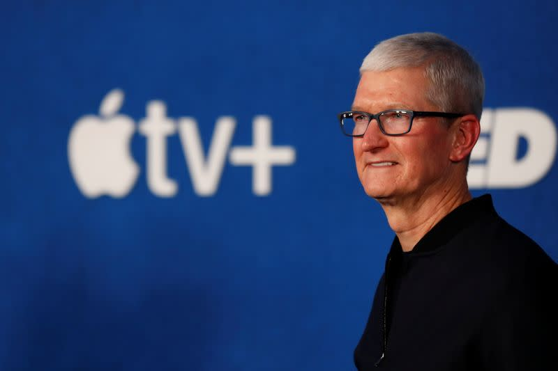 Apple's Cook says he will talk with U.S. official on immigration