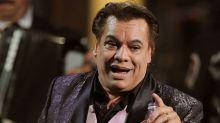 Se rumora que Bobby Pulido será Juan Gabriel en la obra 'Amor Eterno'